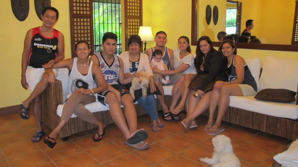 The Ramos-es! ♥ Although we're not complete, insert my Tita(Auntie) Irene's family here (from Canada), my Daddy Lolo's family, my uncle James with baby Star and auntie Yasmin with Cole (from London) and we'll be complete on this side! Other than that, Happy New Year to all! from yours truly, the Ramos family